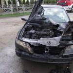 Renault spłonęło w Lewkowie