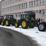 Protest rolników pod starostwem