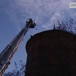 Rozpada się wieża przy 3 Maja