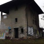 Znika charakterystyczny budynek kolejowy