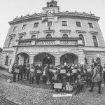 Kilkadziesiąt kobiet protestowało w Ostrowie