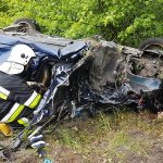 Wypadek w Mazurach. Dwie osoby w stanie ciężkim
