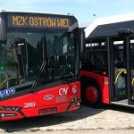 Prezentacja czerwonych autobusów na Rynku