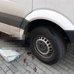 Kierowca busa cofając śmiertelnie potrącił kobietę