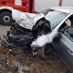 Poważny wypadek koło Odolanowa. Licznik zatrzymał się na 100 km/h (foto) (aktualizacja)