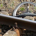 13-letni rowerzysta wjechał pod szynobus. Jest w stanie ciężkim