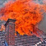 Specjalistyczne wozy uczestniczyły w gaszenia dużego pożaru