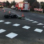 Wypadek z motocyklem. Dwie osoby poszkodowane