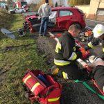 Wypadek na DK25. Interweniował LPR, ranna kobieta i dziecko (nowe zdjęcia)