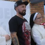"""Patryk Vega nagrywa film o siostrach """"pingwinach"""""""