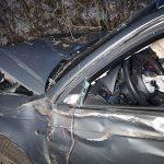 24-latek uderzył Audi w drzewo. Miał 1,5 promila