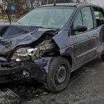 Zderzenie Fiata i Renault na Limanowskiego i Żeromskiego