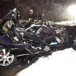 2 osoby zginęły. BMW uderzyło w drzewo