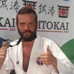 Afera? Piotr Kuźma, karateka, ostrowianin roku, został zaatakowany