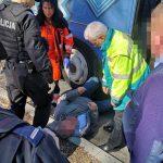 Mężczyzna wpadł pod autobus (foto)