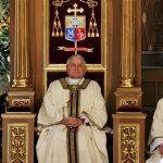 Kardynał z filmu Sekielskich u biskupa Janiaka