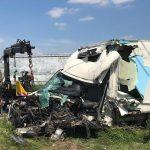 Poważny wypadek ciężarówki i auta dostawczego