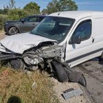 Czołowe zderzenie Szczurawice-Moszczanka. BMW zatrzymało się na polu