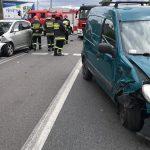 Wypadek Krotoszyńska – Wybickiego. Dwa auta osobowe
