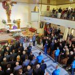 Tłum na pogrzebie Lecha Topolana