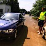 Policyjne, nieoznakowane BMW wpadło na zlot aut tej marki