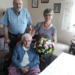 100 lat pani Anny, wiele lat na emeryturze pomagała innym