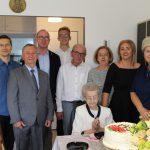 100 lat to za mało… Najstarsza mieszkanka powiatu ostrowskiego obchodziła urodziny