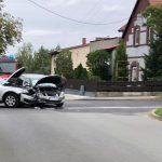 Zderzenie Skody i Audi na Kwiatowa/Okólna
