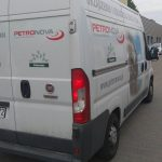 Skradziono busa z ostrowskiej firmy