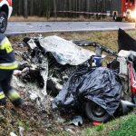 Kierowca Fiata zginął po zderzeniu z ciężarówką