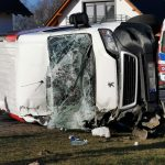 Wypadek busa i ciężarówki w Radłowie