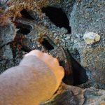 Dziecku wpadła nóżka do dziury na remontowanym deptaku