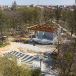 Amfiteatr z nowym zadaszeniem