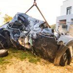 BMW zmiażdżone po wypadku w Jankowie Przygodzkim