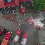 Z rozmachem powitali wóz strażacki