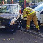 Zderzenie Suzuki i Peugeota przy cmentarzu