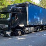 Ciężarówką nie dojechał do dużej firmy w Ociążu